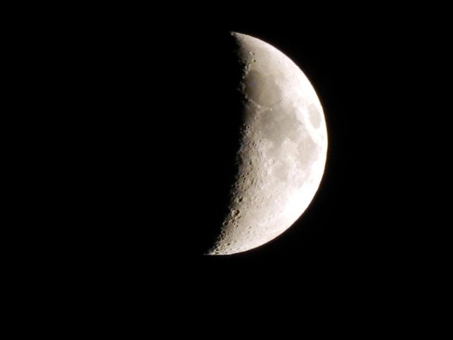 october-moon-1000